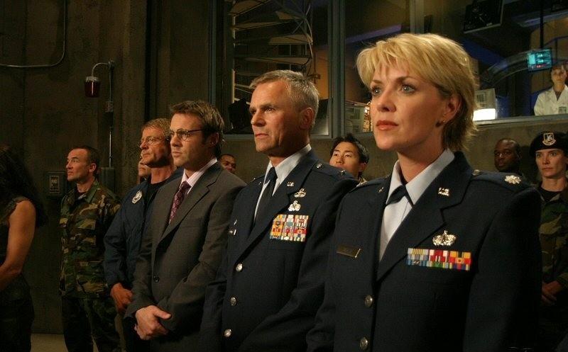 Смотреть сериал Звездные врата: ЗВ-1 онлайн бесплатно в ...